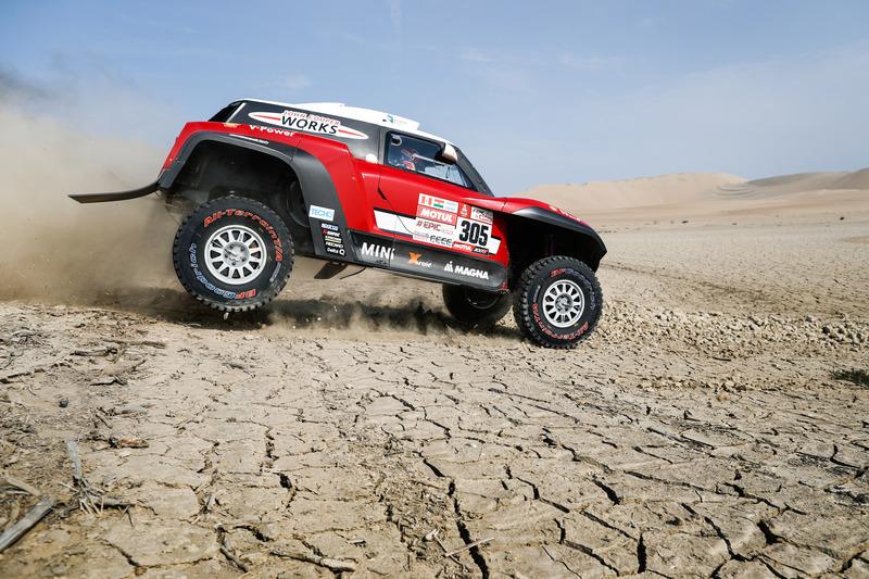 #305 X-Raid Team Mini: Міко Хірвонен, Андреас Шульц