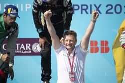 Allan McNish, Audi Sport Abt Schaeffler, celebra