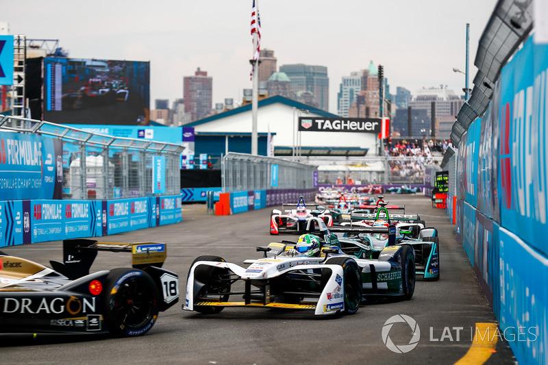 Lucas di Grassi, Audi Sport ABT Schaeffler, Mitch Evans, Jaguar Racing