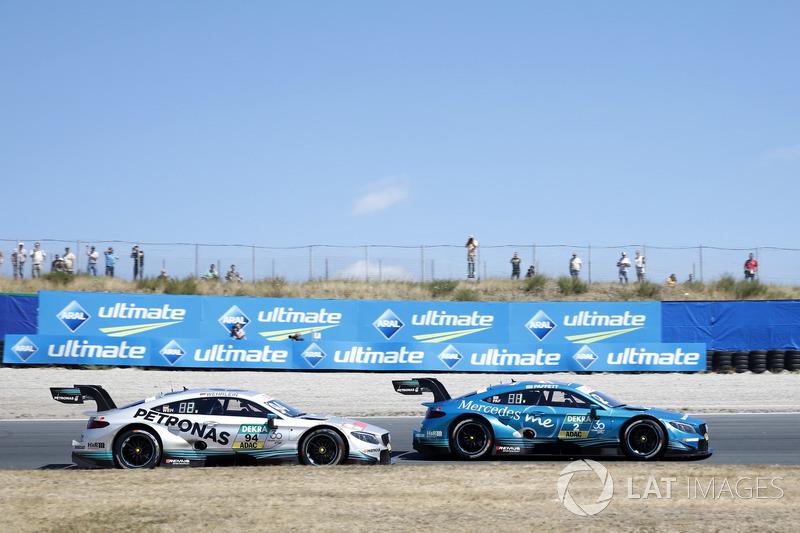 Pascal Wehrlein, Mercedes-AMG Team HWA, Mercedes-AMG C63 DTM, Gary Paffett, Mercedes-AMG Team HWA, Mercedes-AMG C63 DTM