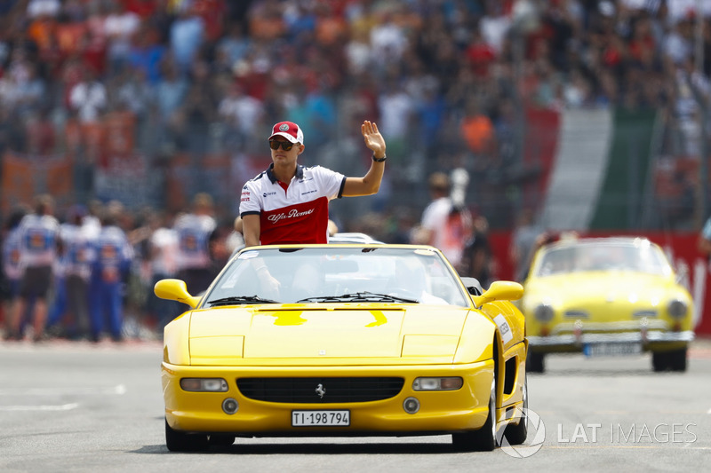 Marcus Ericsson, Sauber, at drivers parade