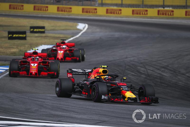 1. Red Bull Racing komt na motorupdates tekort om op eigen kracht te winnen