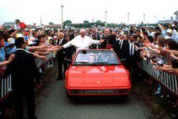 Maranello 1988 – The Pope visits Ferrari