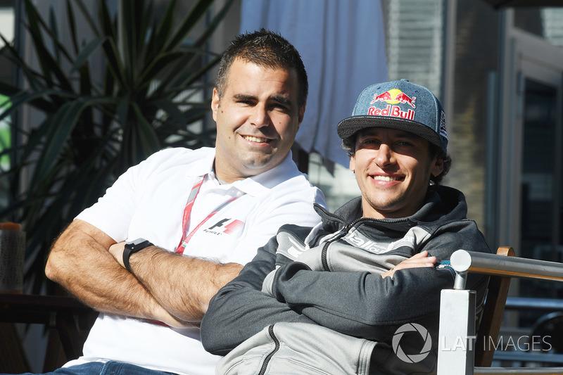Пилоты F1 Experiences Жолт Баумгартнер и Патрик Фризахер