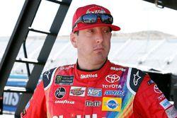 Kyle Busch, Joe Gibbs Racing, Toyota Camry Skittles Sweet Heat