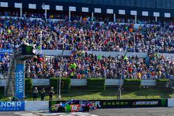 Kyle Busch, Joe Gibbs Racing, Toyota Camry M&M's Caramel takes the checkered flag