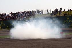 Sebastian Vettel, Ferrari SF71H en Max Verstappen, Red Bull Racing RB14 clash