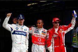 Robert Kubica, BMW Sauber F1.08, Lewis Hamilton, McLaren MP4-23 et Kimi Raikkonen, Ferrari F2008