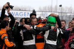 I vincitori #63 ORANGE1 by GRT Grasser Lamborghini Huracán GT3: Andrea Caldarelli, Mirko Bortolotti e il #82 GRT Grasser Racing Team Lamborghini Huracán GT3: Rolf Ineichen, Christian Engelhart
