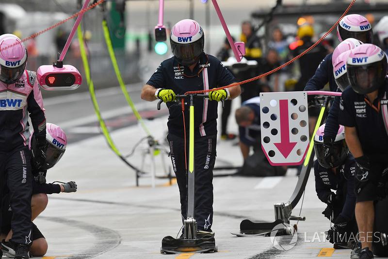 Simulation d'arrêt au stand pour Force India
