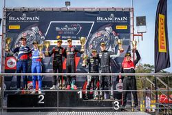 Silver Podyum: Yarış galibi #3 Team WRT Audi R8 LMS: Gilles Magnus, Alessio Picariello, #35 SMP Raci