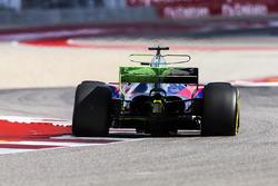 Flujo de pintura en el ala posterior en el Brendon Hartley, Scuderia Toro Rosso STR12