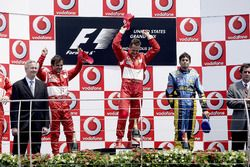 Podium: second place Felipe Massa, Ferrari, Race winner Michael Schumacher, Ferrari, third place Gia