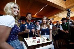 Daniel Ricciardo, Red Bull Racing celebrates his birthday with a Birthday cake