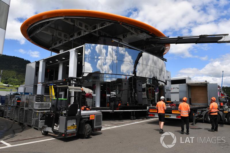 Construcción del motorhome de McLaren