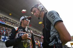 سيرجيو بيريز، فورس إنديا مع تيم رايت، مهندس السباقات في فريق فورس إنديا