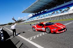 Ganador Shaun Balfe, Philip Keen, Ferrari 458 Italia GT3