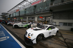 #7 Bentley Team M-Sport, Bentley Continental GT3: Vincent Abril, Guy Smith, Steven Kane