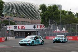 Jean-Karl Vernay, Leopard Racing, Volkswagen Golf GTI TCR y Stefano Comini, Leopard Racing, Volkswag