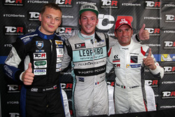 Mato Homola, B3 Racing Team Hungary, SEAT León TCR; Jean-Karl Vernay, Leopard Racing, Volkswagen Golf GTI TCR; Gianni Morbidelli, West Coast Racing, Honda Civic TCR