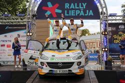 Мариан Грибель и Пирмин Винкльхофер, Opel Adam R2