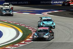 Mato Homola, Seat Leon, B3 Racing Team Hungary and Jean-Karl Vernay, Volkswagen Golf GTI TCR, Leopar