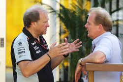 (L to R): Robert Fernley, Sahara Force India F1 Team Deputy Team Principal with Jonathan Palmer