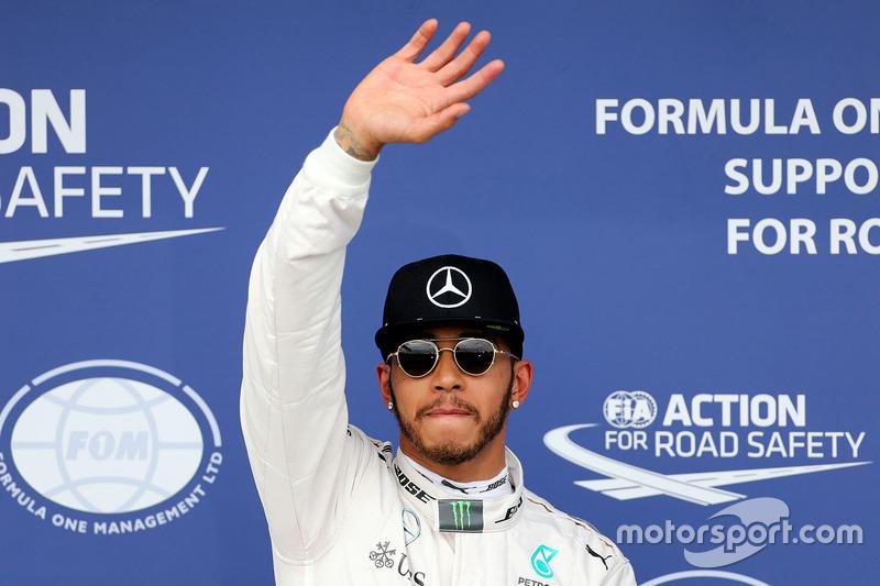 Lewis Hamilton, Mercedes AMG F1 Team feiert seine  Pole-Position im Parc Ferme
