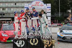 Podio: al secondo posto Luca Pedersoli, Anna Tomasi, i vincitori Marco Signor, Patrick Bernardi, Sama Racing, al terzo posto Stefano Albertini, Danilo Fappani, Mirabella Mille Miglia