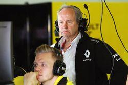 Jérôme Stoll, Président de Renault Sport F1 avec Kevin Magnussen, Renault Sport F1 Team