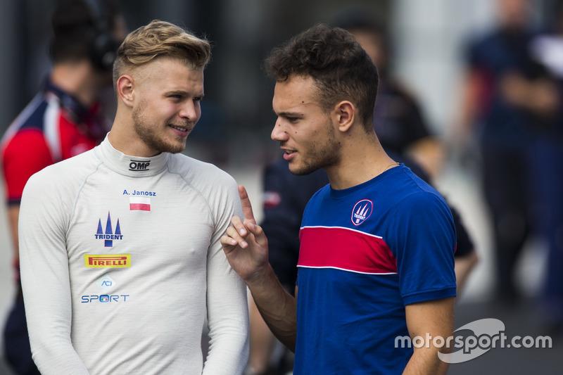 Артур Янош, Trident говорит с гонщиком GP2 Лукой Гьотто, Trident