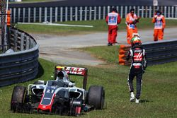 Esteban Gutierrez, Haas F1 Team VF-16 retired from the race