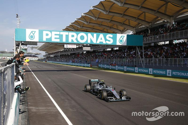 Third place for Nico Rosberg, Mercedes AMG F1 W07 Hybrid