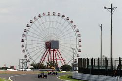 Carlos Sainz Jr., Scuderia Toro Rosso STR11 y Daniil Kvyat, Scuderia Toro Rosso STR11