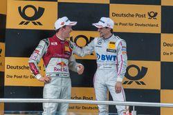 Маттиас Экстрём, Audi Sport Team Abt Sportsline, Audi A5 DTM, и Лукас Ауэр, Mercedes-AMG Team Mücke, Mercedes-AMG C63 DTM