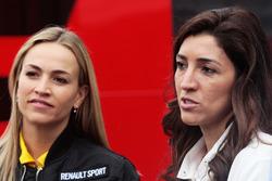 (L to R): Carmen Jorda, Renault Sport F1 Team Development Driver with Fabiana Flosi, wife of Bernie