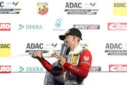 Podium: Mick Schumacher, Prema Powerteam