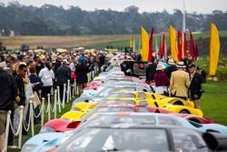 Een rij van Ford GT40