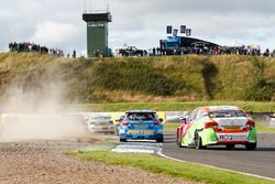 Andrew Jordan, Motorbase Performance; Jake Hill, RCIB Insurance Racing