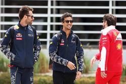 Daniel Ricciardo, Red Bull Racing mit Physiotherapeut Sam Village