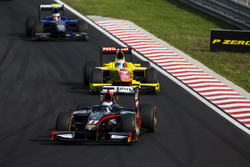 Gustav Malja, Rapax ve Mitch Evans, Pertamina Campos Racing