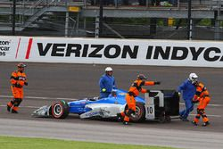 Tony Kanaan, Chip Ganassi Racing Chevrolet after crash