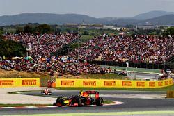 Max Verstappen, Red Bull Racing ve Sebastian Vettel, Scuderia Ferrari SF16-H