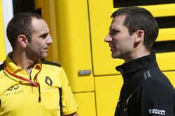 (L to R): Cyril Abiteboul, Renault Sport F1 Managing Director with Remi Taffin, Renault Sport F1 Eng
