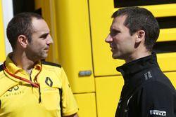 Cyril Abiteboul, directeur général Renault Sport F1 avec Remi Taffin, directeur technique Renault Sport F1