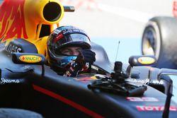 Race winner Max Verstappen, Red Bull Racing RB12 in parc ferme
