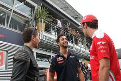 Jorge Lorenzo, pilote Yamaha en MotoGP avec Daniel Ricciardo, Red Bull Racing et Jean-Eric Vergne, pilote d'essais et de développement Ferrari