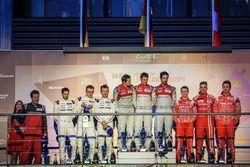 Podium: Sieger Lucas di Grassi, Loic Duval, Oliver Jarvis, Audi Sport Team Joest; 2. Romain Dumas, N