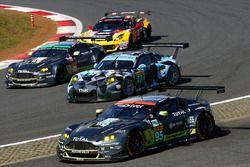 #77 Dempsey Proton Competition, Porsche 911 RSR: Richard Lietz, Michael Christensen, #95 Aston Marti