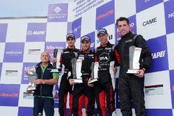 Podio Gara 3: al secondo posto Simone Iaquinta e Kevin Giovesi, Ghinzani Arco Motorsport - Milano, il vincitore Mattia Drudi, Dinamic Motorsport - Modena, al terzo posto Enrico Fulgenzi, TAM-Racing